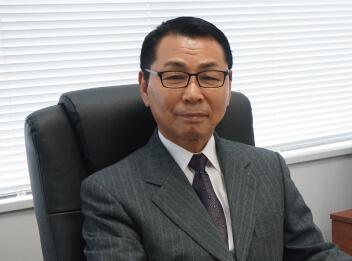 代表取締役社長 片岡 祐治